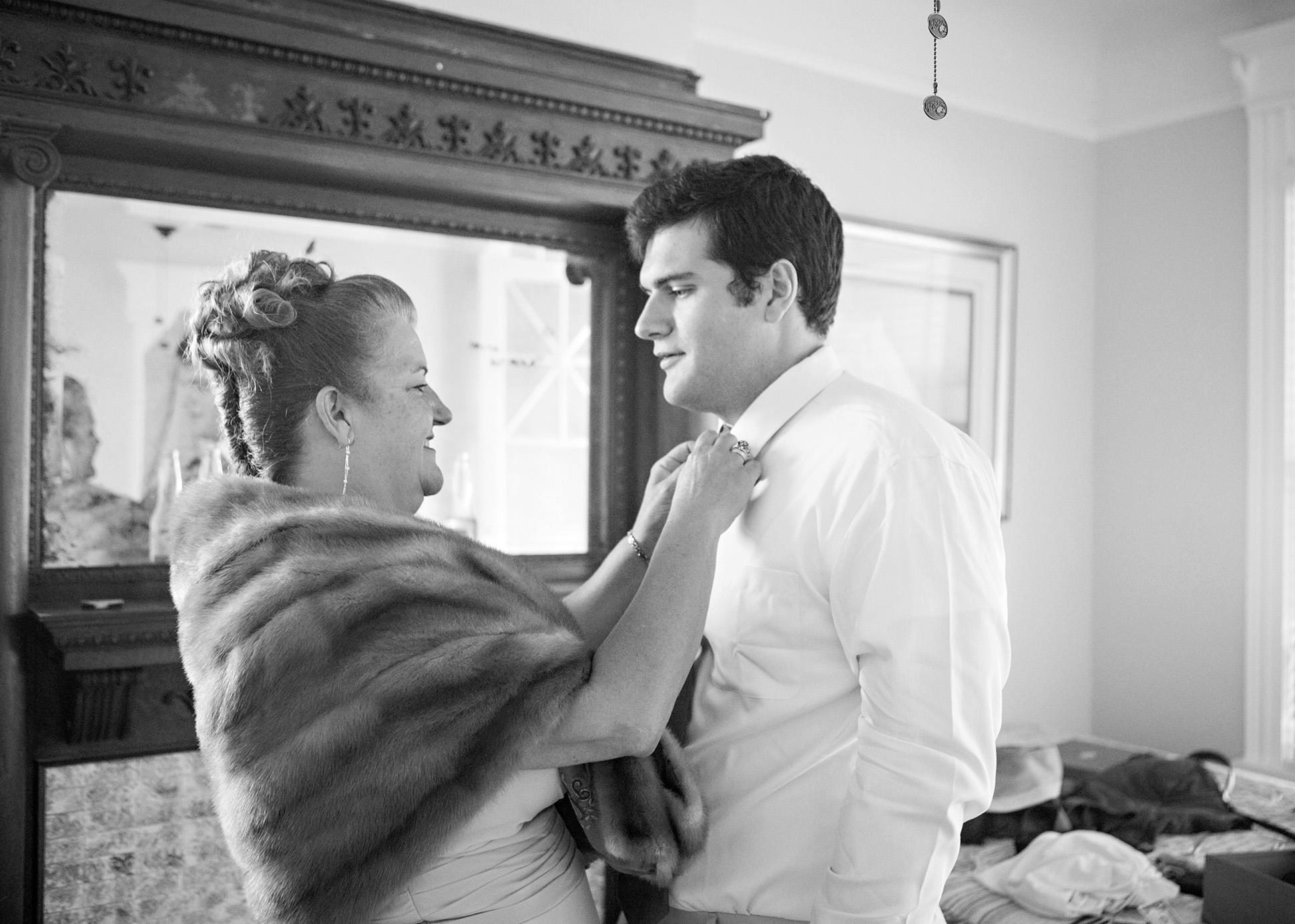 12-Sara Stadtmiller-SRS-Photography-Asbury-Park-Wedding-Photographer-Monmouth-County-Wedding-Photographer-NJ-Wedding-Photographer-Avon-by-the-Sea-Wedding-The-Columns-Wedding