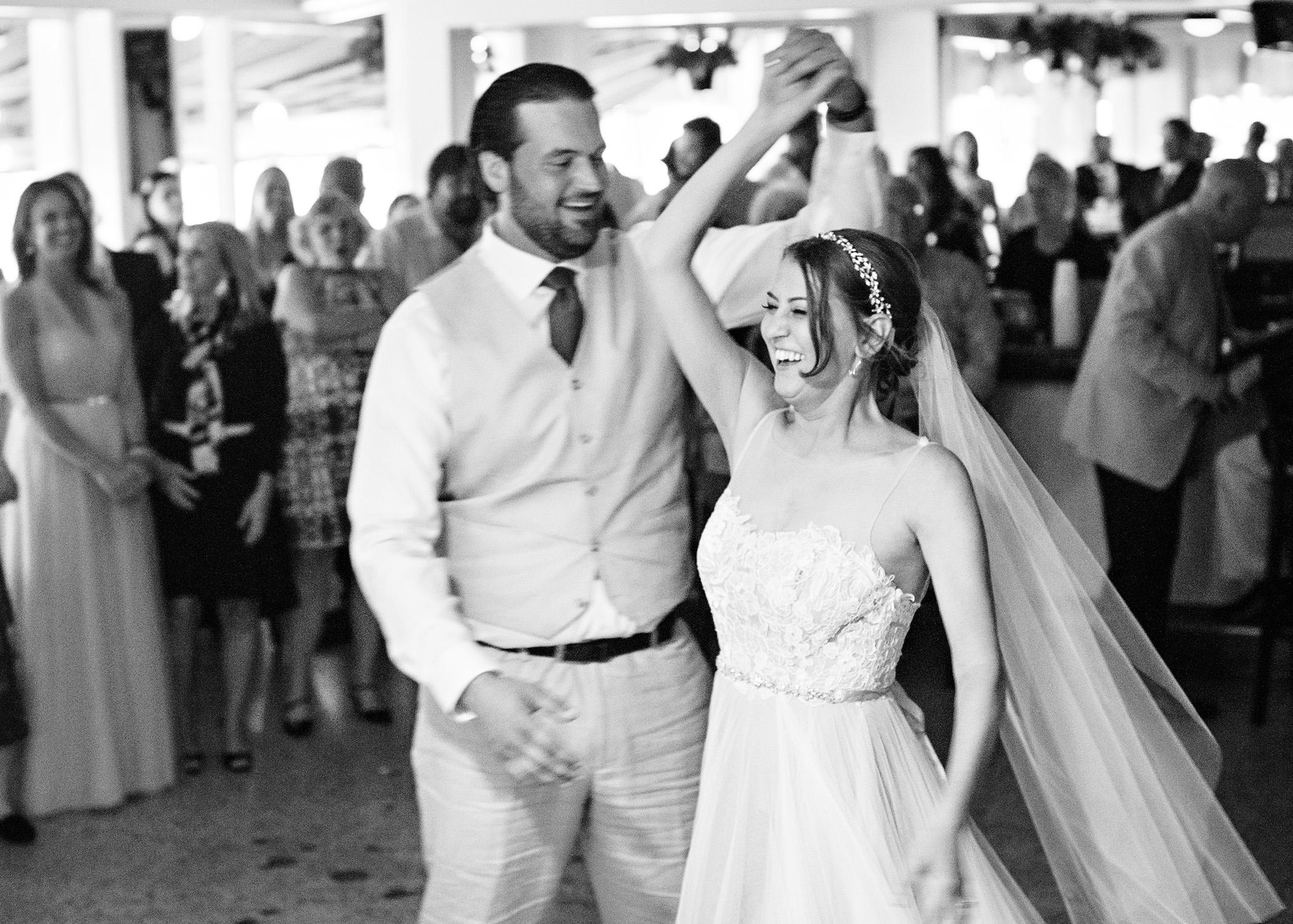 45-Sara Stadtmiller-SRS-Photography-Asbury-Park-Wedding-Photographer-Monmouth-County-Wedding-Photographer-NJ-Wedding-Photographer-Avon-by-the-Sea-Wedding-The-Columns-Wedding