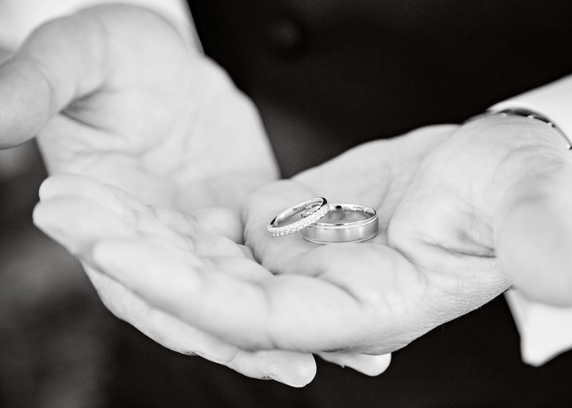 09-Sara Stadtmiller-SRS-Photography-Asbury-Park-Wedding-Photographer-Monmouth-County-Wedding-Photographer-NJ-Wedding-Photographer-Molly-Pitcher-Inn-Wedding
