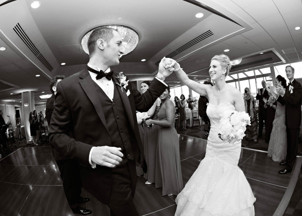 38-Sara-Stadtmiller-SRS-Photography-NJ-Wedding-Monmouth-County-Wedding-Photographer-Red-Bank-Wedding-Oyster-Point-Wedding