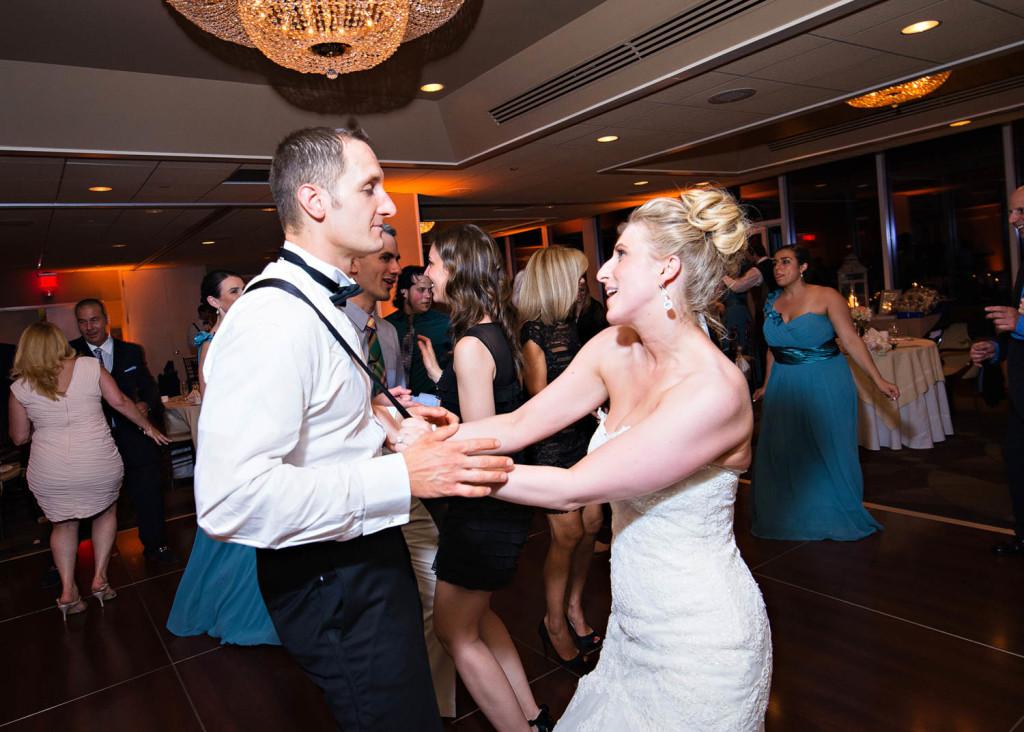 45-Sara-Stadtmiller-SRS-Photography-NJ-Wedding-Monmouth-County-Wedding-Photographer-Red-Bank-Wedding-Oyster-Point-Wedding